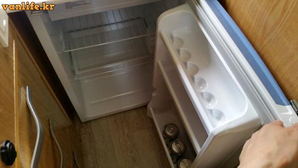 캠핑카 냉장고